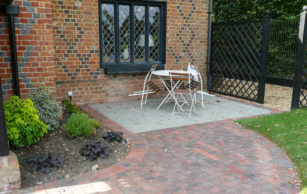 Cottage Front Garden 2