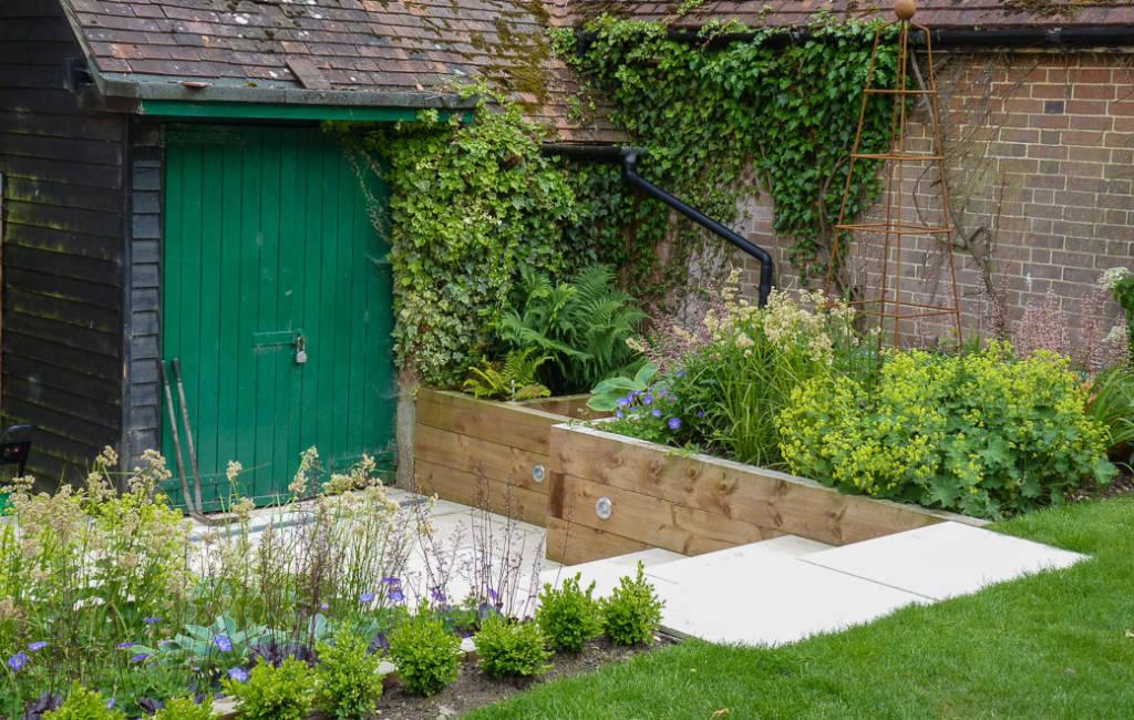 Modern Cottage Garden 5