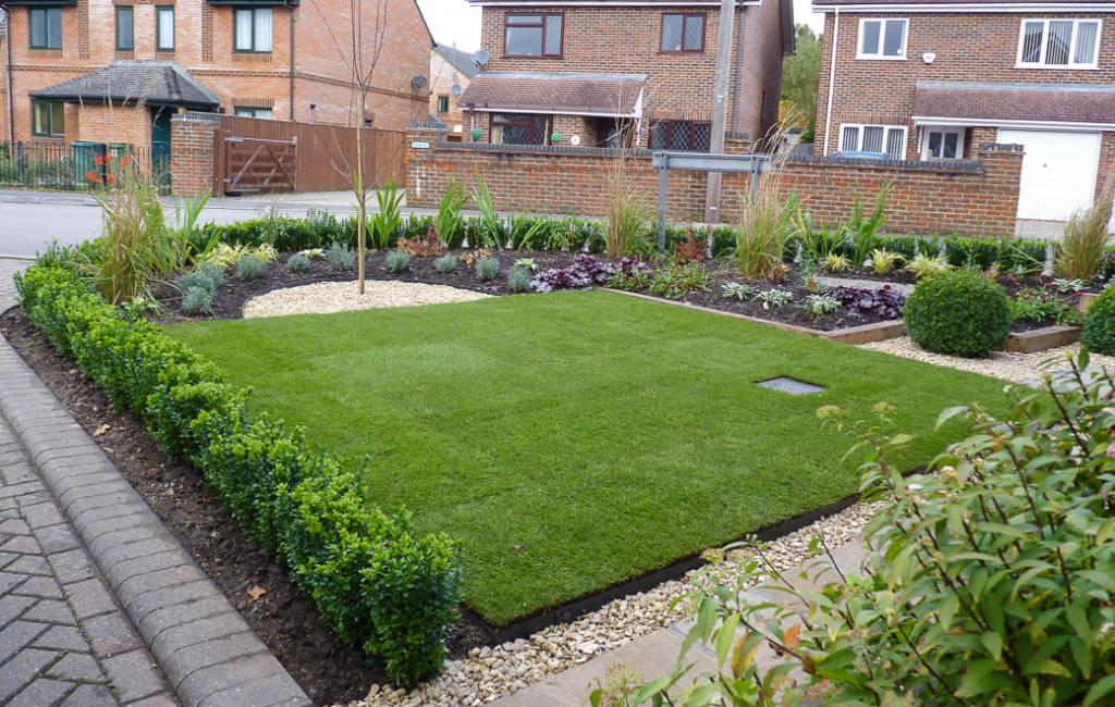 Urban Front Garden 3